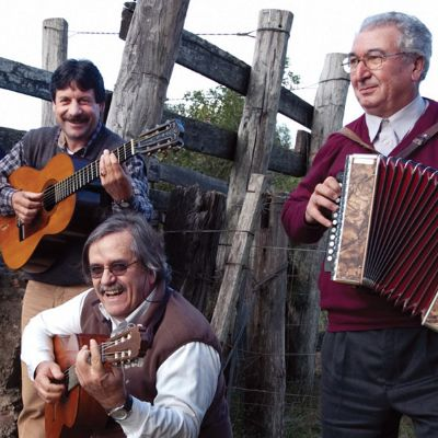 """Los Gauchos de Roldán"" Button Accordion and Bandoneón Music from Northern Uruguay 