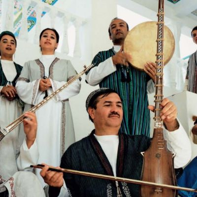 The Academy of Maqâm: Central Asian Shashmaqam performers