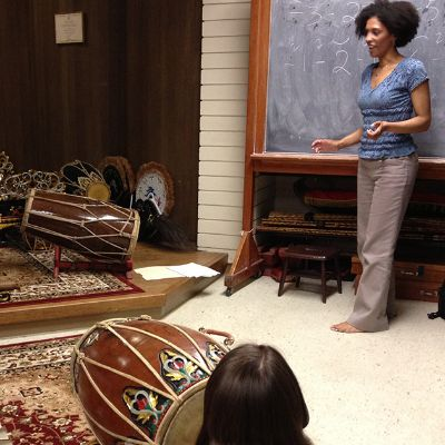 Past Courses for Teachers - Smithsonian Folkways workshop in World Music Pedagogy
