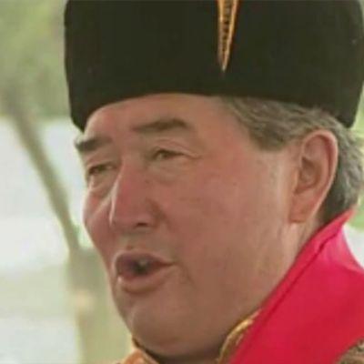 N. Sengedorj of Mongolia Demonstrates khöömei (Throat-singing) at 2002 Smithsonian Folklife Festival