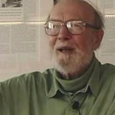 Pete Seeger Discusses Political Songs