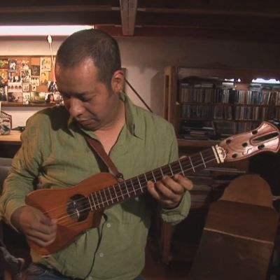 Son de Madera Performs Son Jarocho