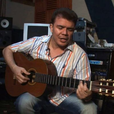 Música Vallenata: Fabián Corrales of Discusses Serenatas