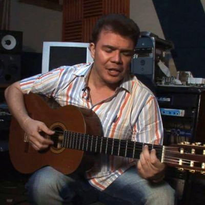 Música Vallenata: Fabián Corrales of Discusses Serenatas