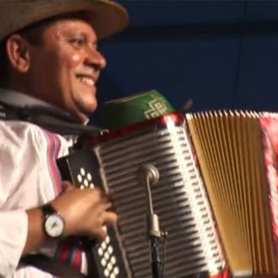 Estrellas del Vallenato Performs at 2009 Folklife Festival