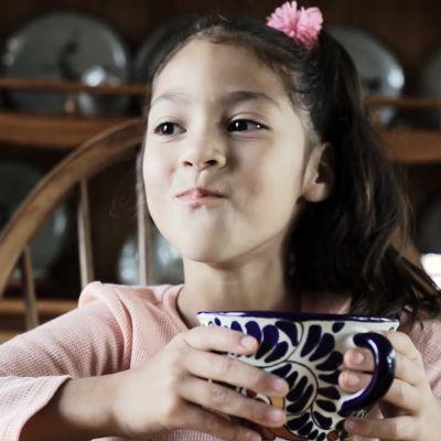 """José-Luis Orozco & Kids Play """"Chocolate"""""""